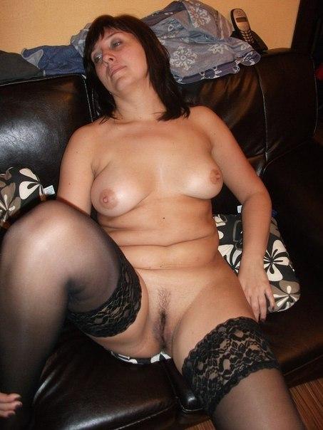 фото зрелая женщина в трусиках