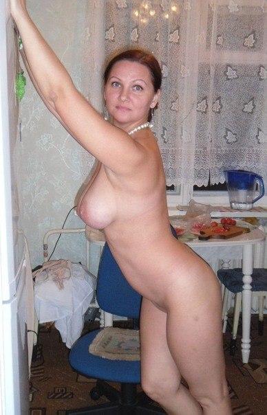 Частные фото голых русских мам